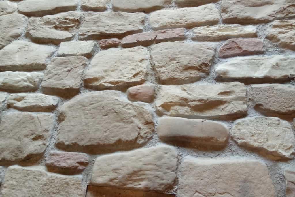 Toskana Steinwand 4